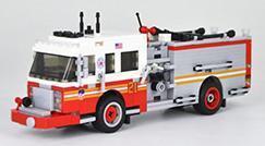 Die ersten beiden Feuerwehrfahrzeuge sind da!