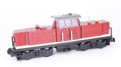 Auf Gleis 1 fährt ein: unser Prototyp der V100 Diesellok!