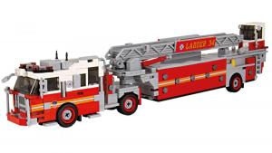 Seagrave Tiller Ladder red/white