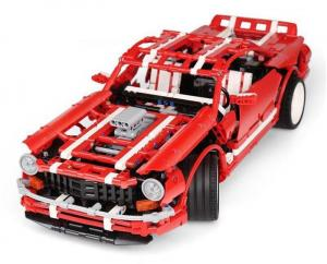 2014 Muscle Car  in rot