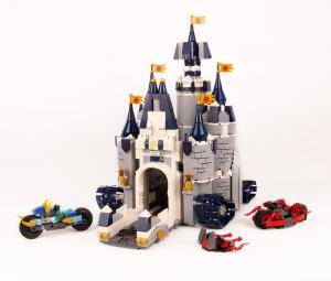Castle with accessories (without figures)