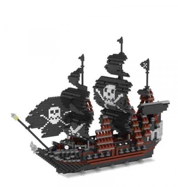 Schwarzes Piratenschiff (Diamond Blocks)