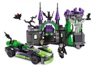 Burg & Vampir mit Auto
