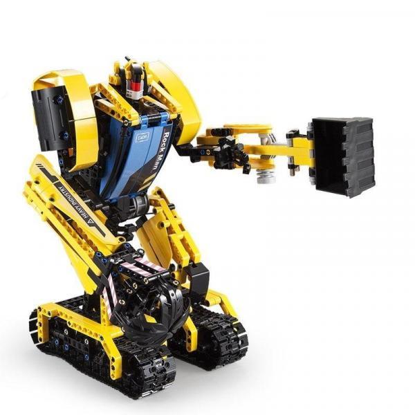 Ferngesteuerter Bausteinbagger + Roboter