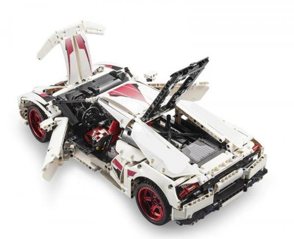 610 Super-Car, weiss