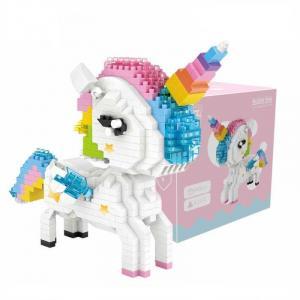 Rainbow Unicorn (Diamond Blocks)