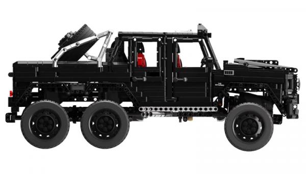 Geländewagen in schwarz