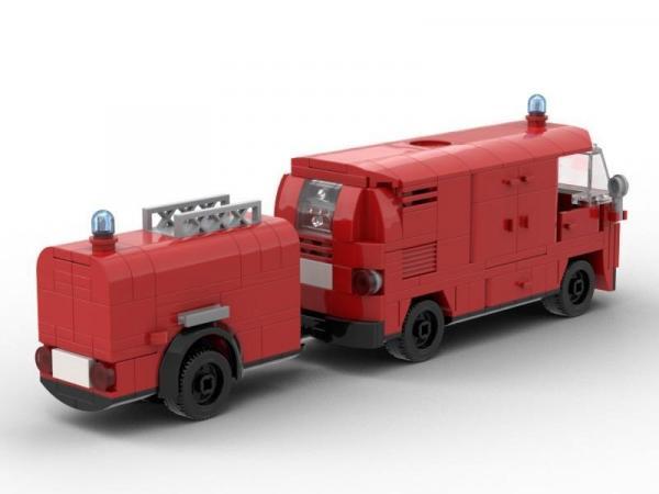 Feuerwehr Bus mit Pumpe