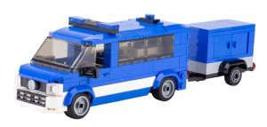 Emergency vehicle blue white with trailer