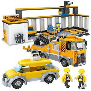 Car repair workshop play set