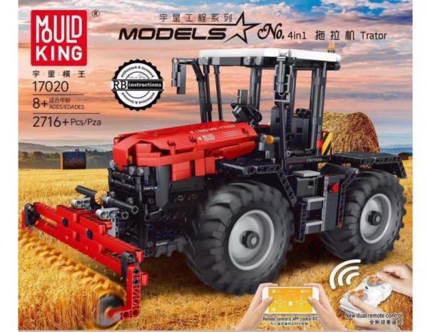 Traktor rot/weiß mit Anbaugeräten
